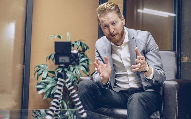 Como hacer videos de ofertas de empleo