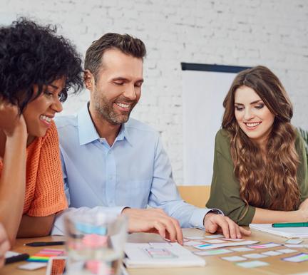 Reunión de profesionales CEO sobre los directores de Recursos Humanos